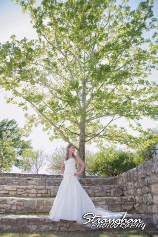 Kelli bridal San Antonio Botanical Gardens under tree
