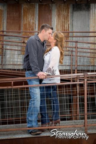 Leeann engagement Gruene tin starwell kiss