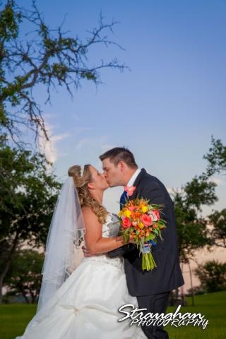LeeAnn's wedding Boulder Springs sunset couple