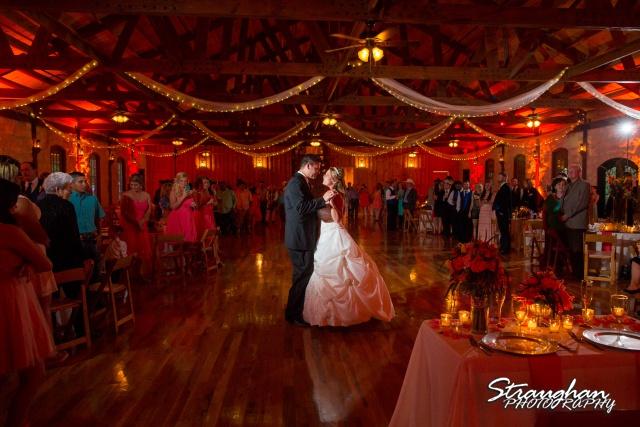 LeeAnn's wedding Boulder Springs first dance