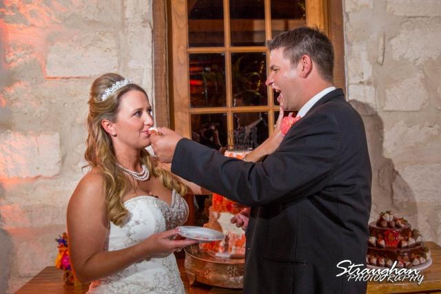 LeeAnn's wedding Boulder Springs cake feeding