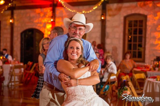 LeeAnn's wedding Boulder Springs dancing