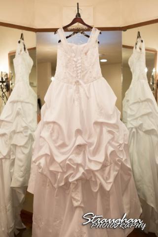 Kelly wedding Boulder springs dress