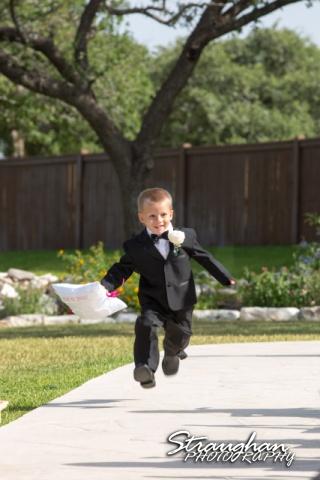 Kelly wedding Boulder springs kid running