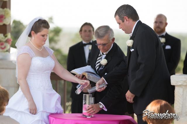 Kelly wedding Boulder springssand