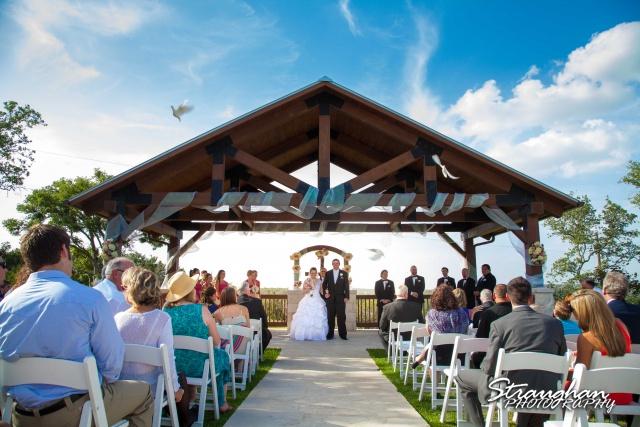 Kelly wedding Boulder springs dove release