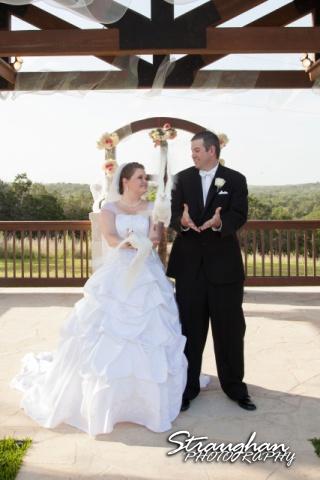 Kelly wedding Boulder springs couple release doves