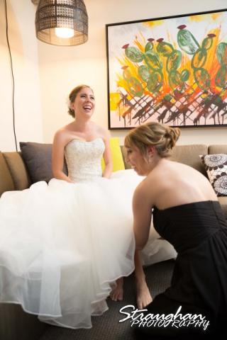 Laura wedding Hotel Contessa smiling bride