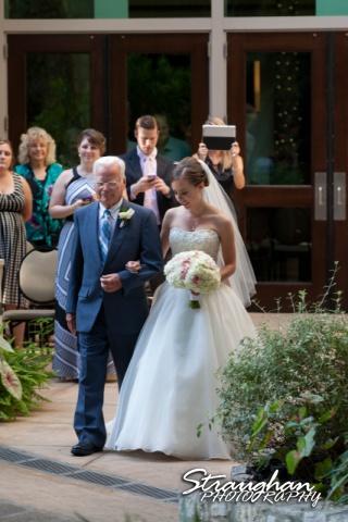 Laura wedding Hotel Contessa bride down the aisle