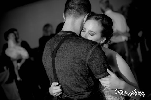 Laura wedding Hotel Contessa last dance