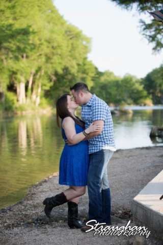 Michelle's engagement in Gruene by the river