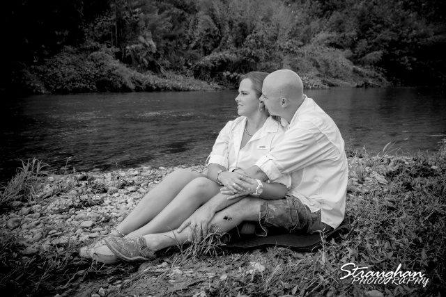Monique's engagement Seguin sitting by the river bw