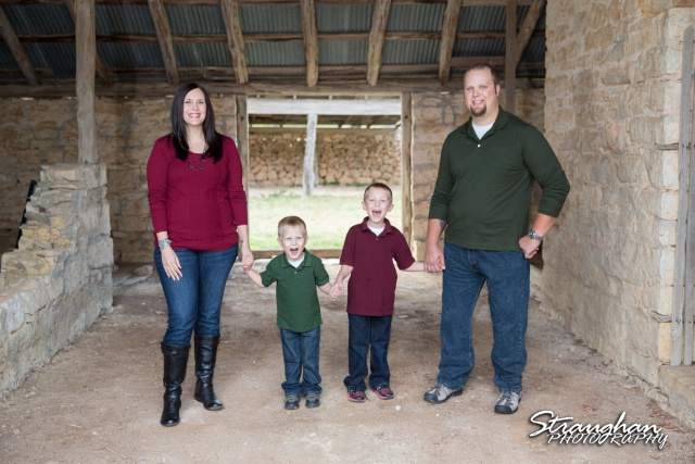 Frustaglio Family Portraits Garden Ridge barn lets scream