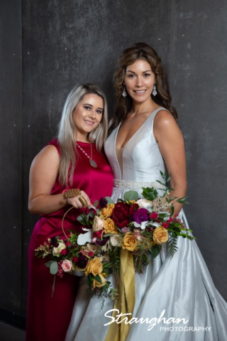 Park 31 styled shoot brie and bridesmaid in hall