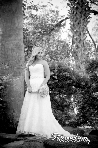 Robyn's Bridal McNay Art museum on the waterfall black and white