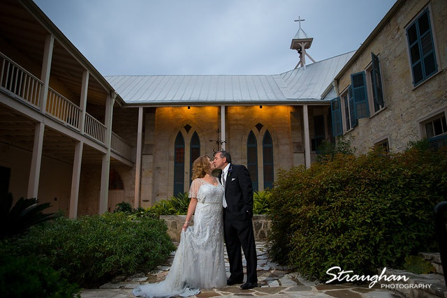 Rebecca wedding Southwest School couple in front of chanple
