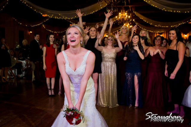 Sarah Higley wedding Bella Springs bouquet toss