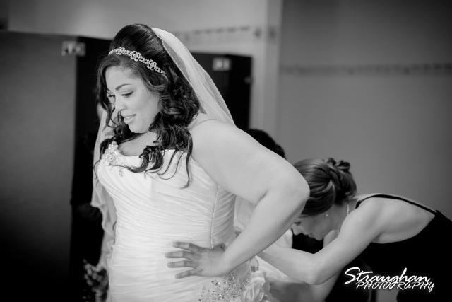 Siobahn Wedding at The Club at Sonterra Getting Ready