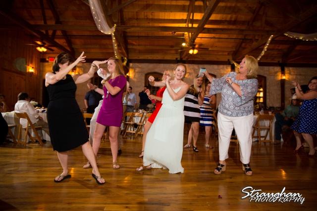Jeanette wedding Boulder Springs Stonehaven line dancw