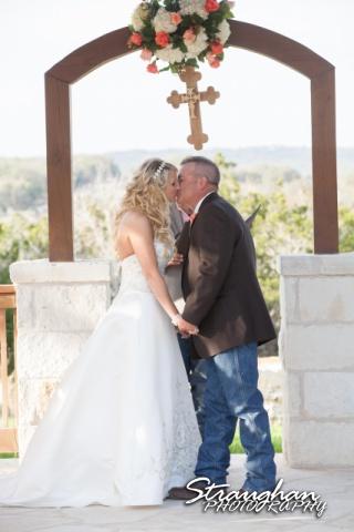 Teresa wedding Boulder Springs, Legacy hall kiss