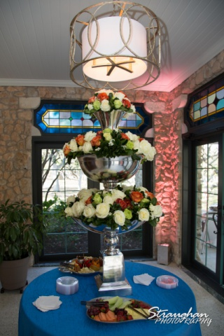 The stacked flowers at the Veranda