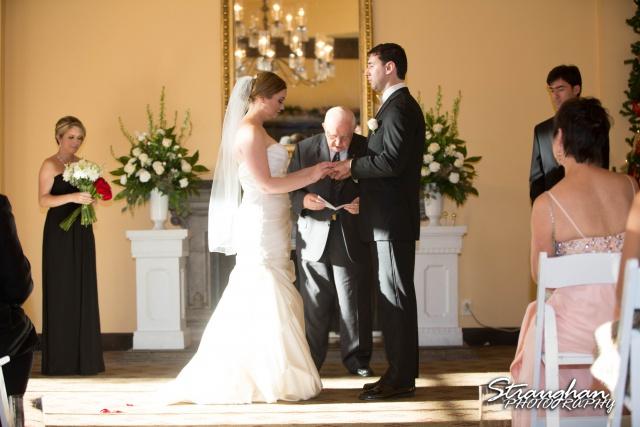 Ashlie wedding Club at Sonterra ceremony