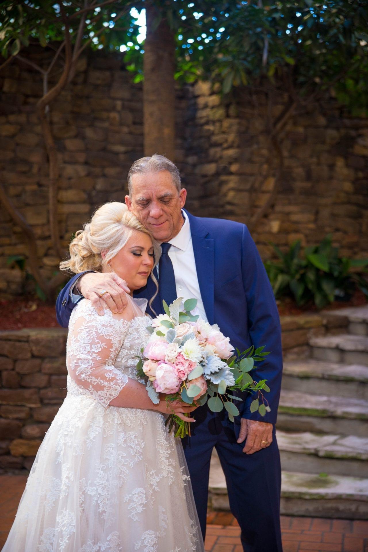 Crawford wedding Omni Del Mansion riverwalk dad and bride
