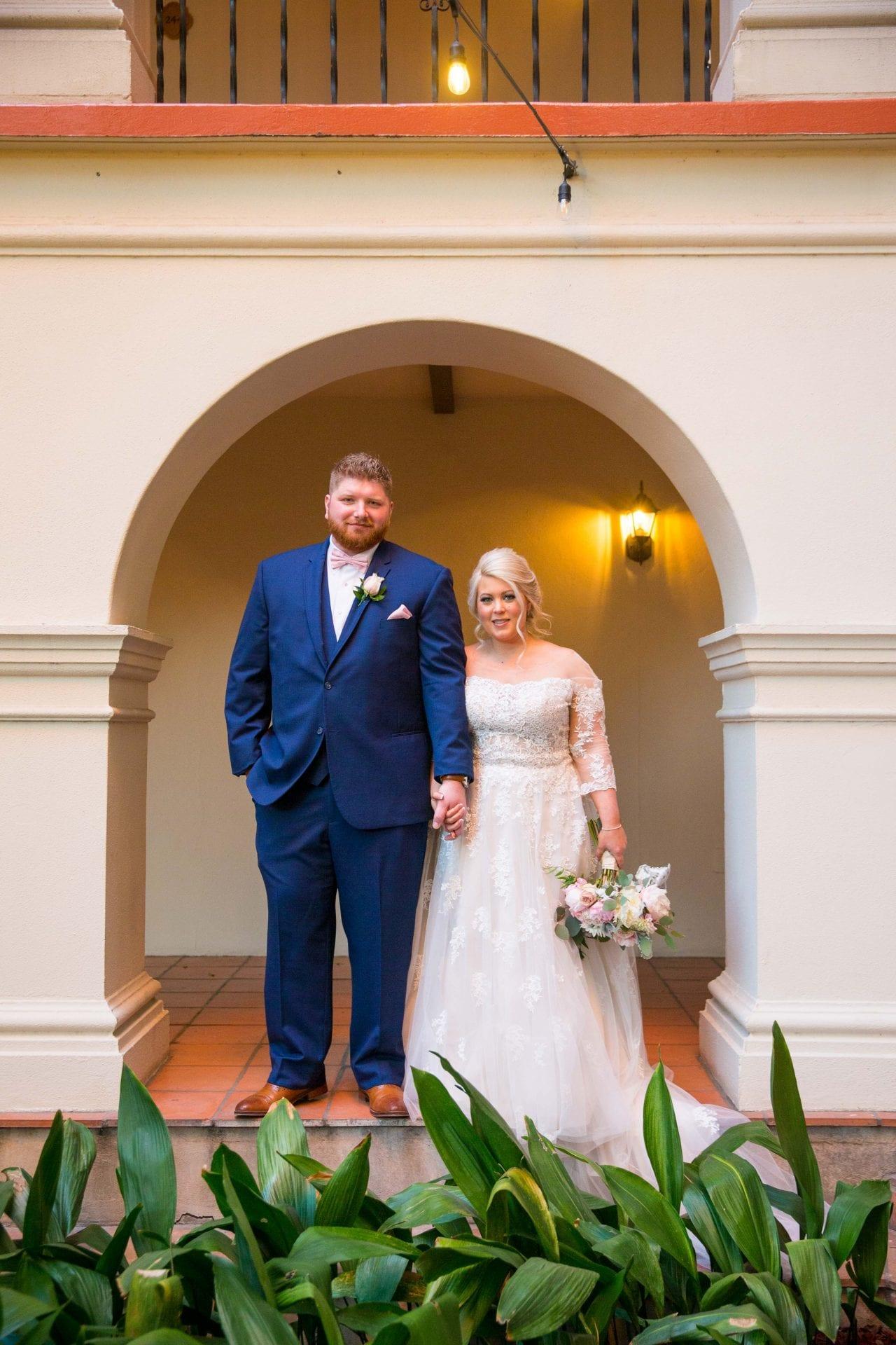 Crawford wedding Omni Del Mansion riverwalk portrait
