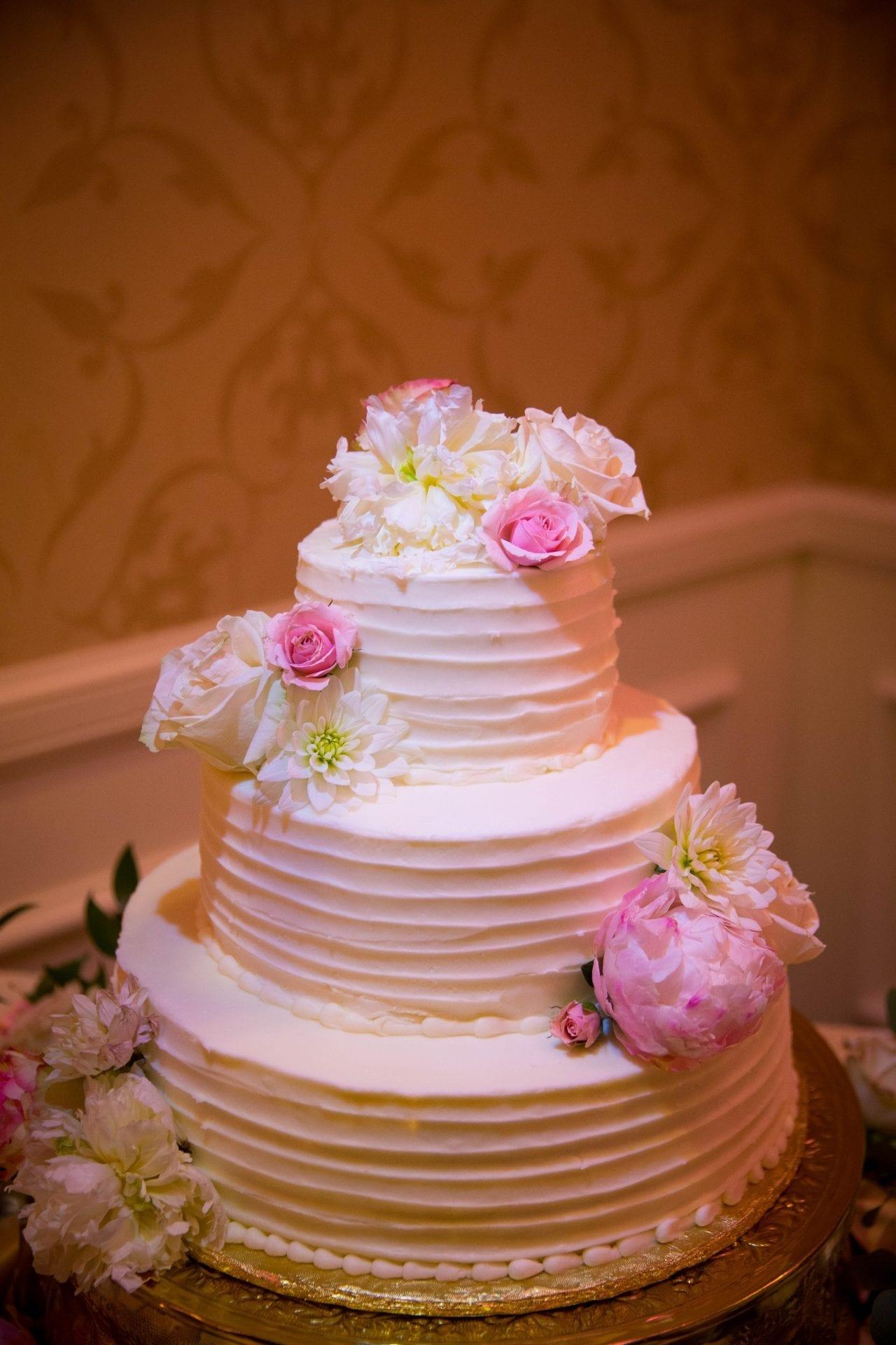 Crawford wedding Omni Del Mansion riverwalk cake