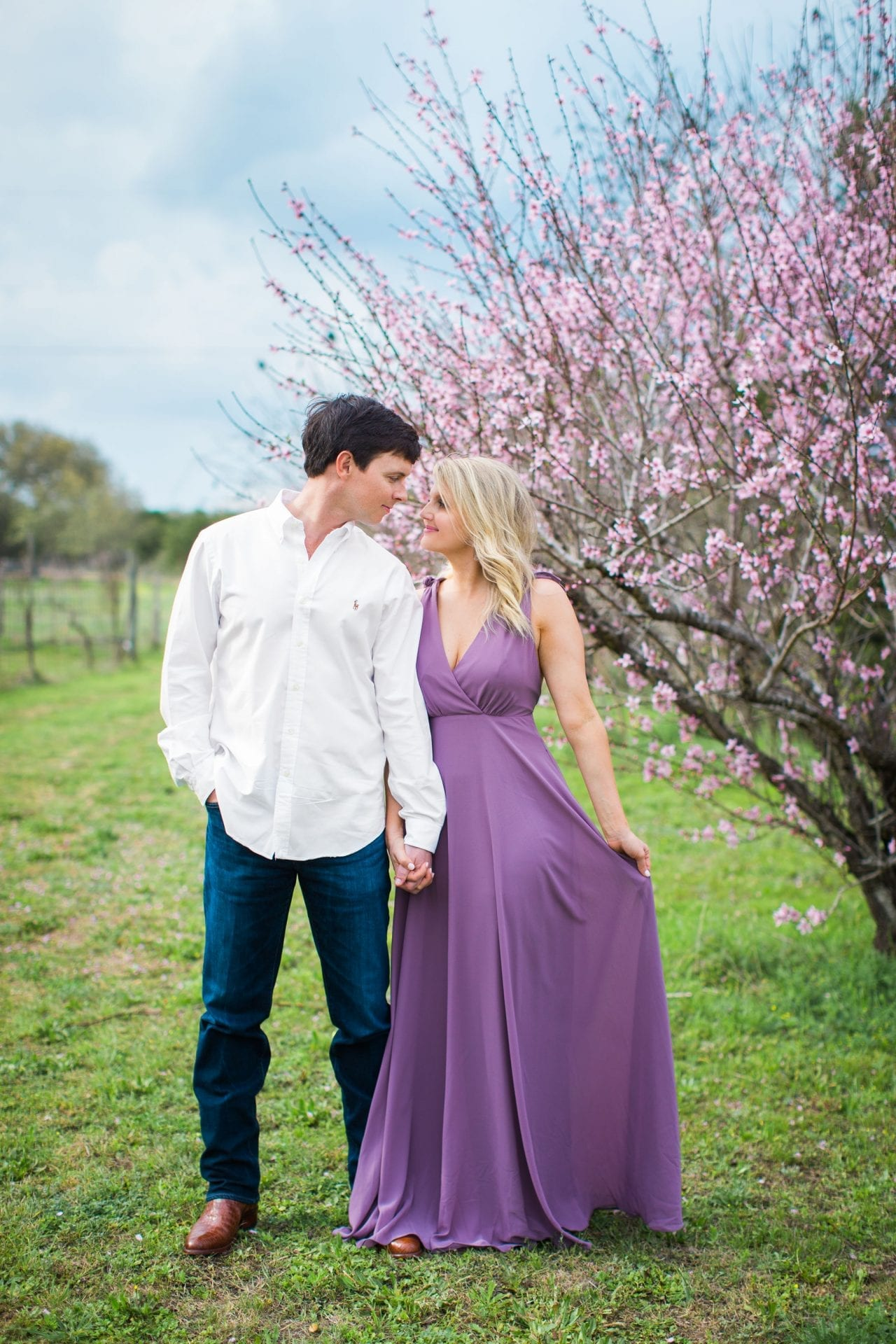 Michele Engagement session at Oak Valley Vineyards leaning in