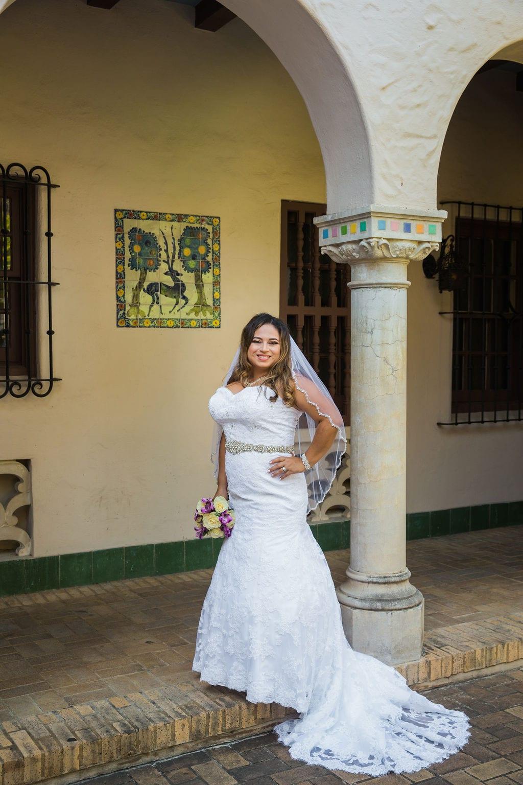 Linda's bridal session at the McNay arches sassy