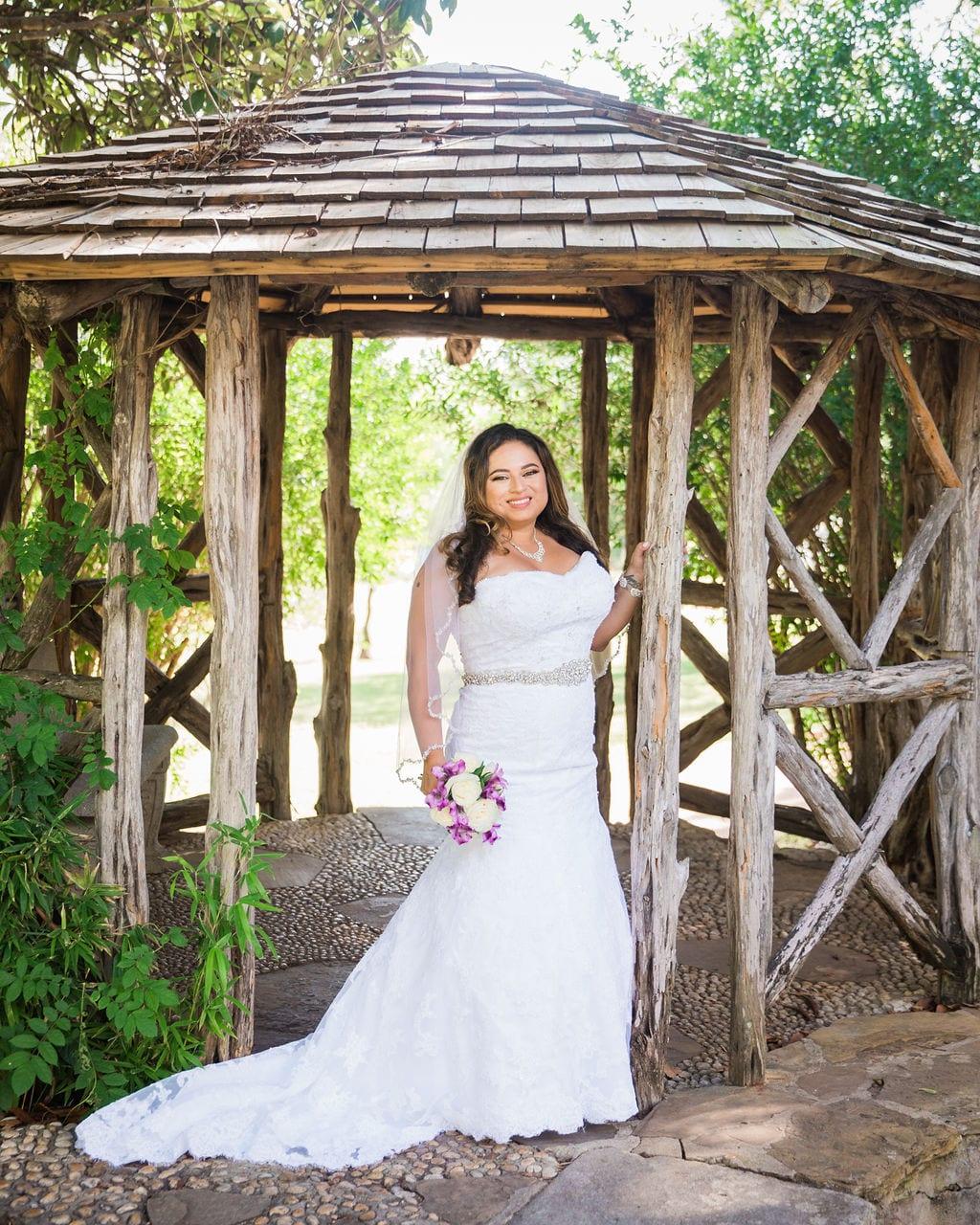 Linda's bridal session at the McNay in the Gazebo