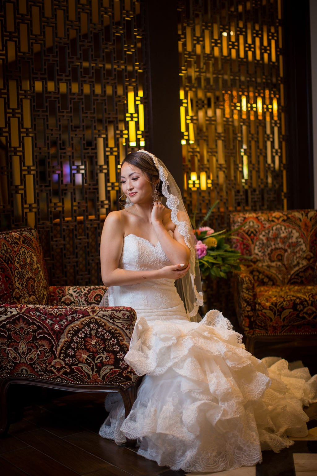 Marriott Plaza Styled shoot bride in lobby siting