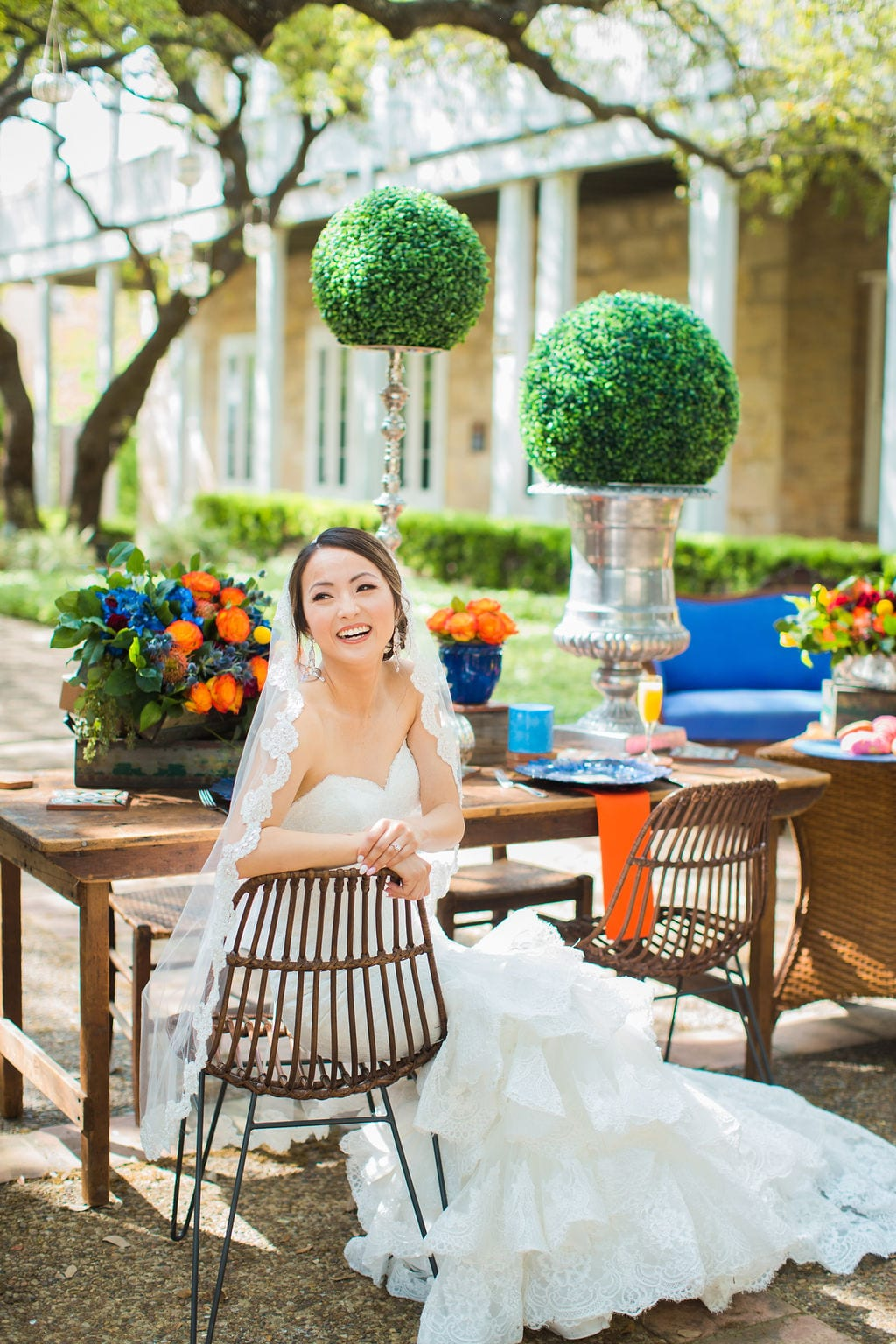 Marriott Plaza Styled shoot bride siting at head table