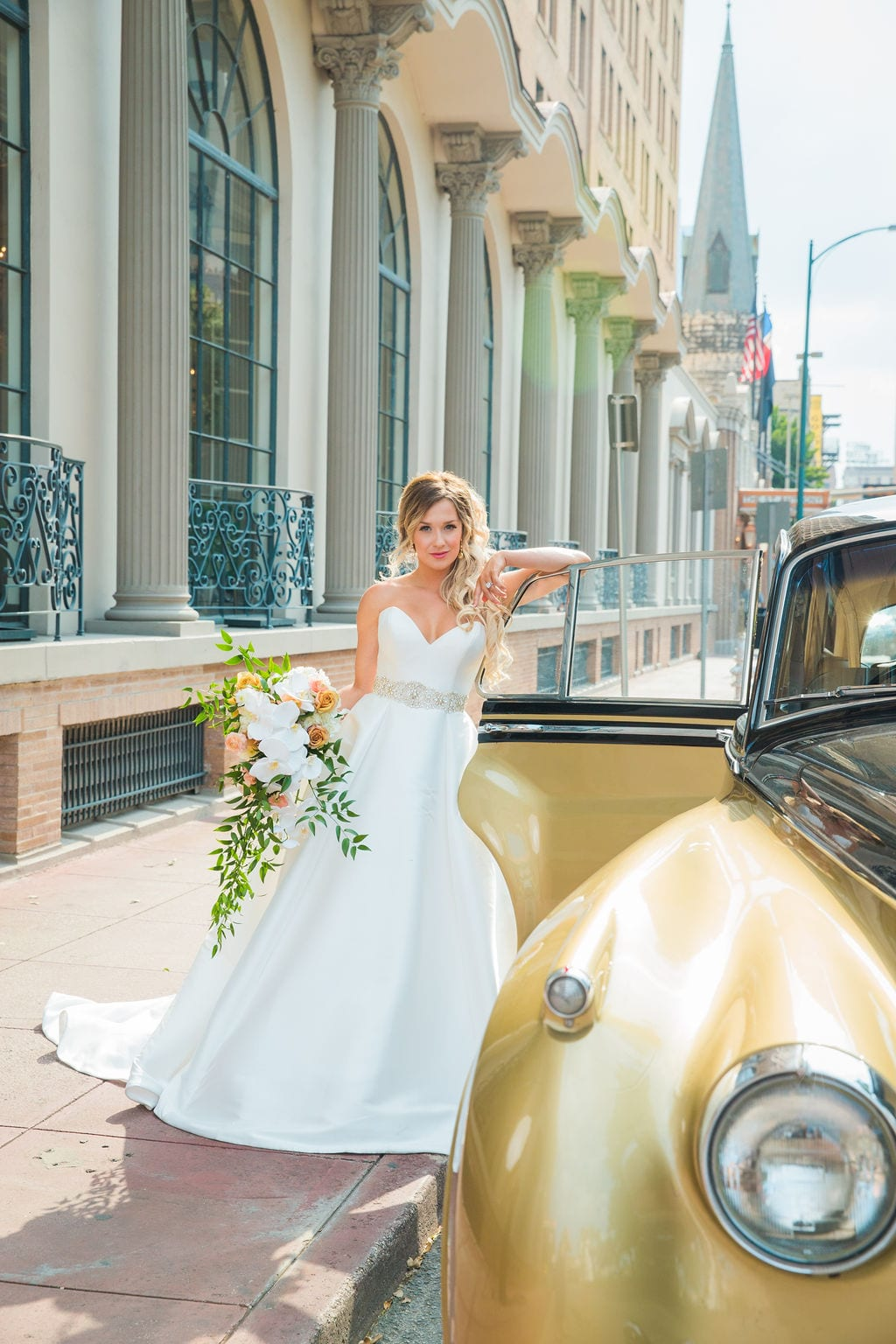 St Anthony Styled wedding bride and car