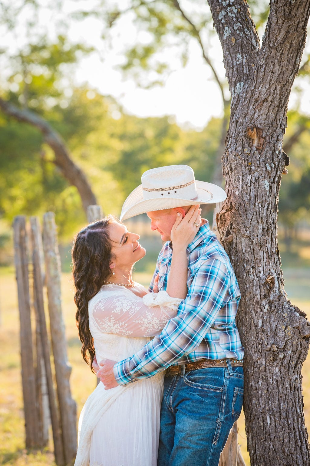 Tess -Lance Boerne, TX Engagement Portrait leaning on tree