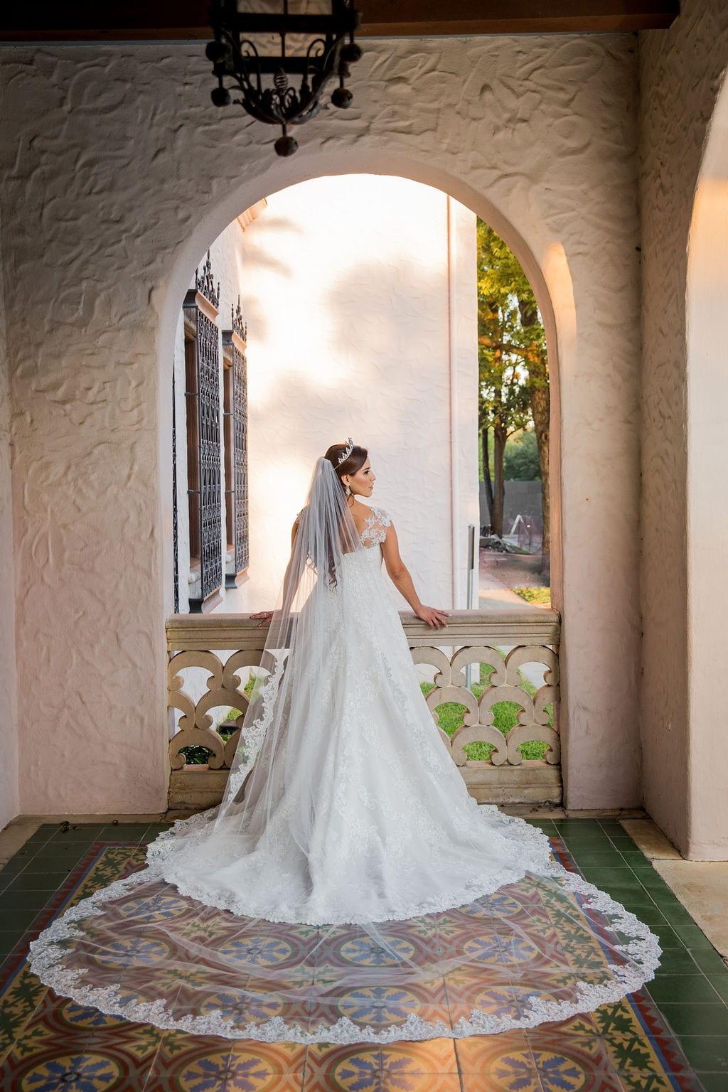 Mary Elizabeth's bridal at the McNay veil shot