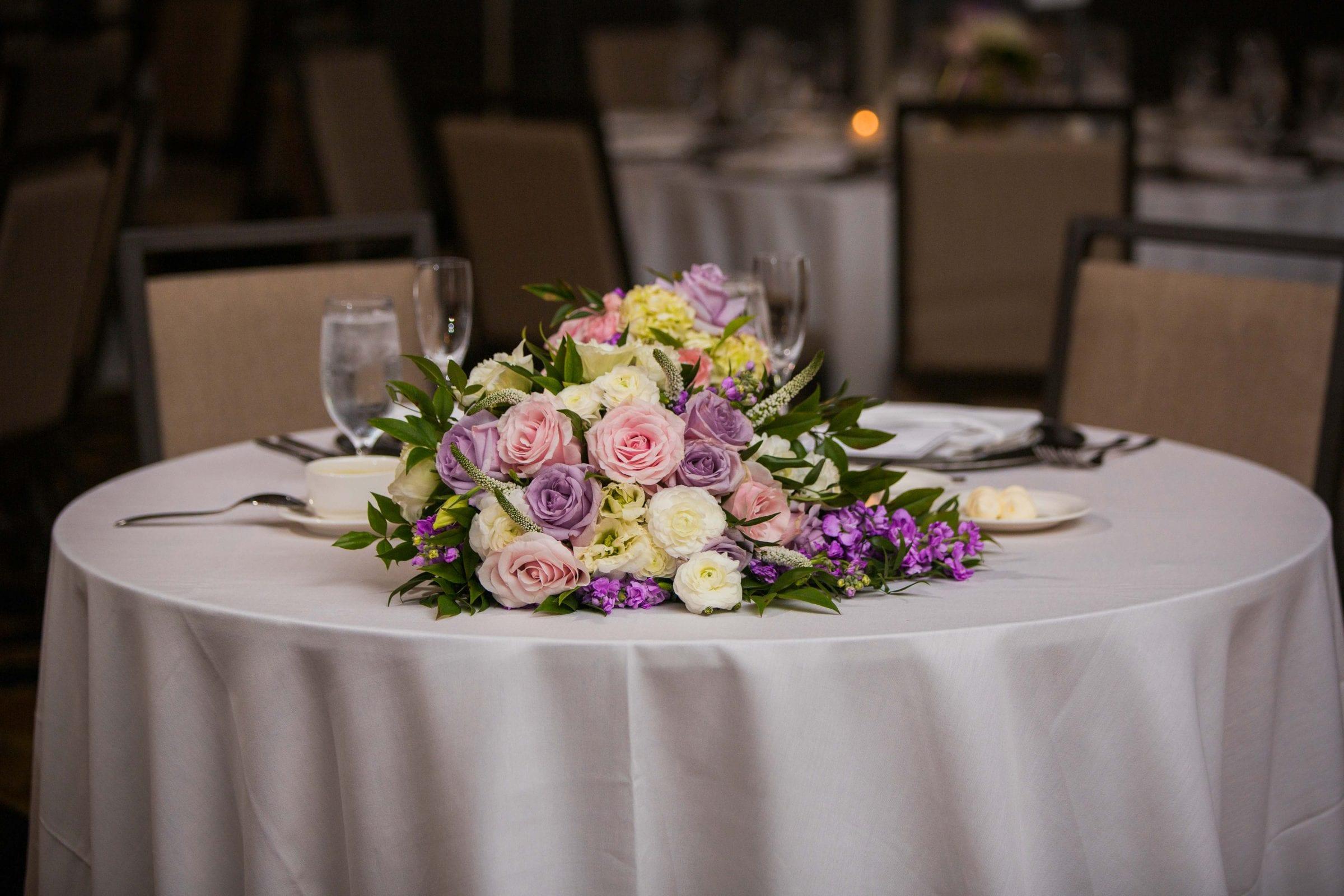 Onyema wedding La Cantera centerpiece bouquet