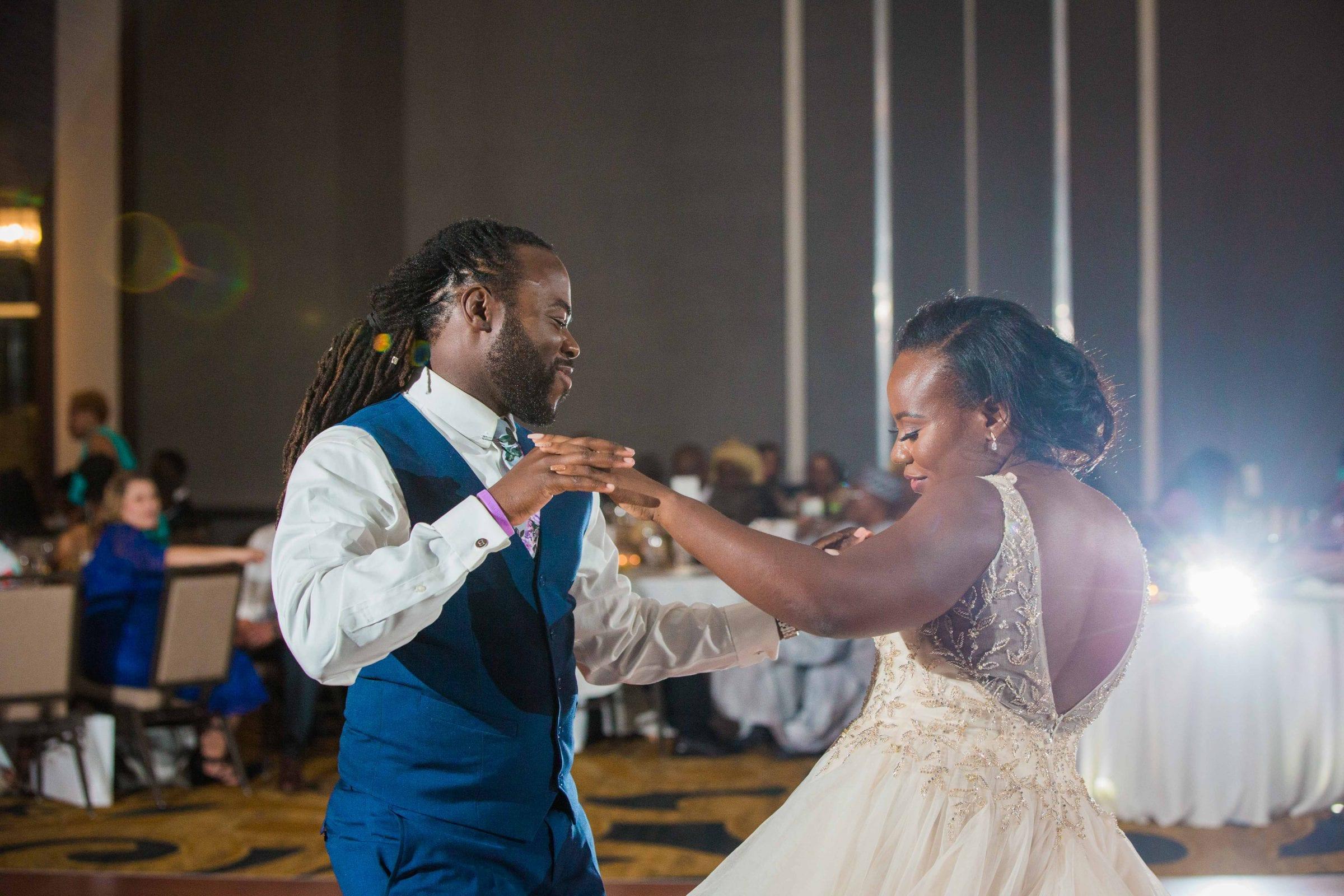Onyema wedding La Cantera dancing boogie