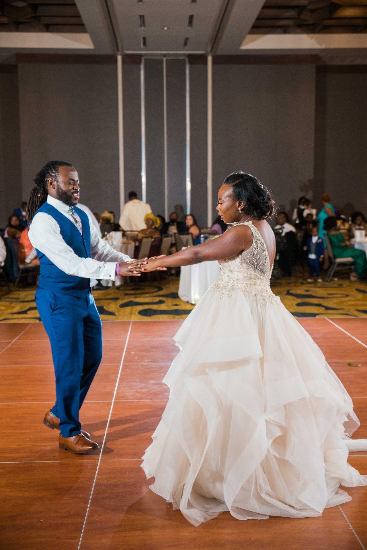 Onyema wedding La Cantera dancing