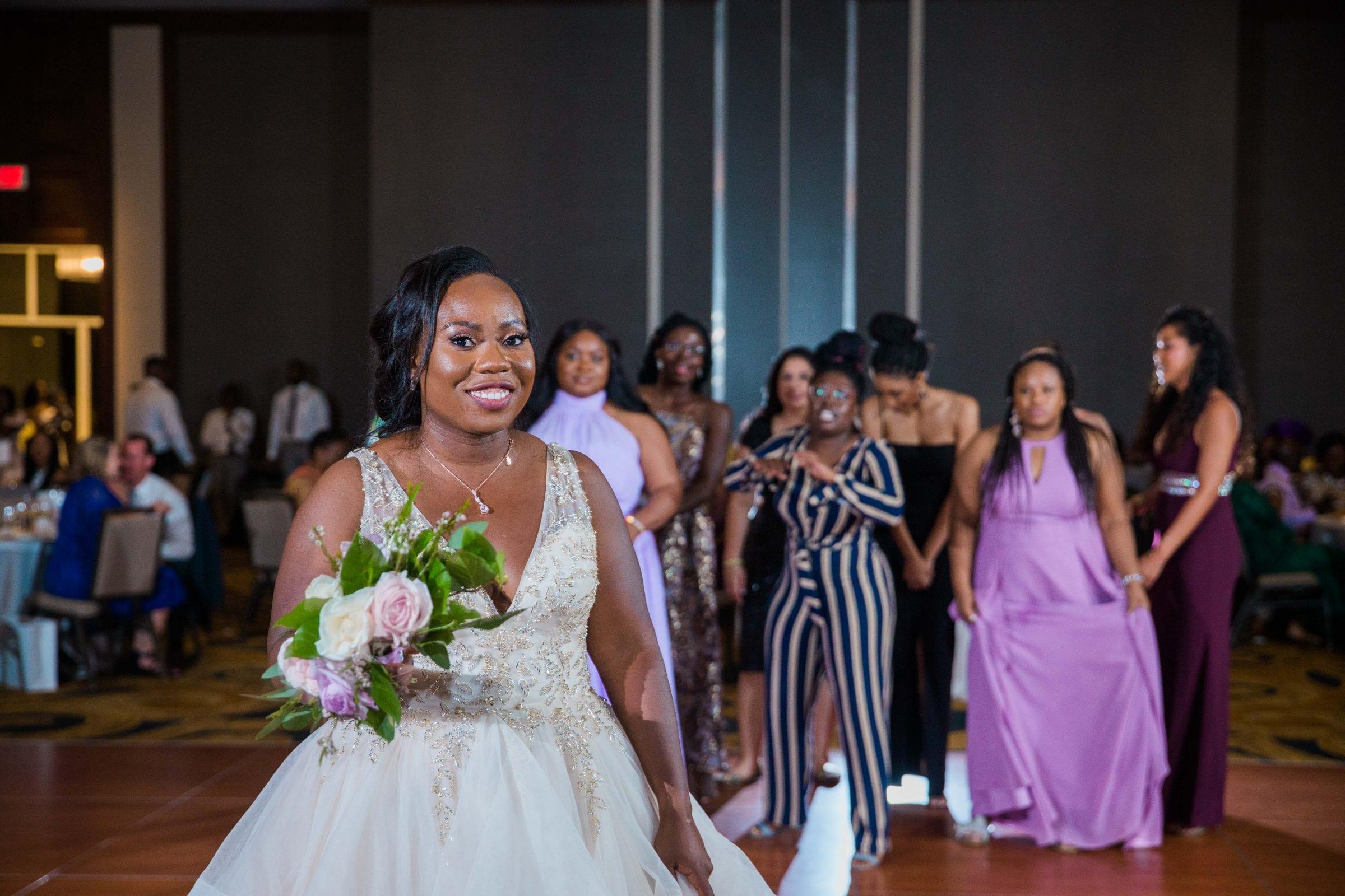 Onyema wedding La Cantera bouquet toss