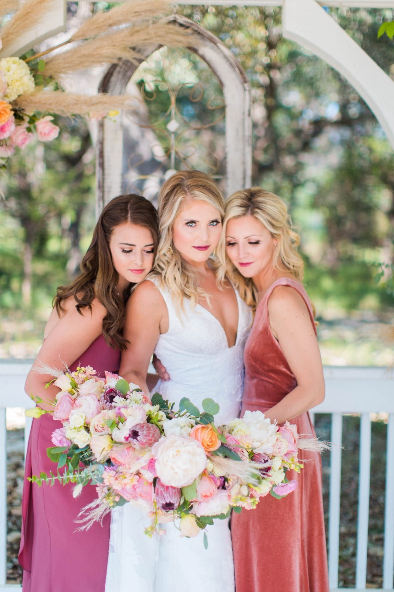 Western Sky Styled shoot bridesmaids in gazebo close