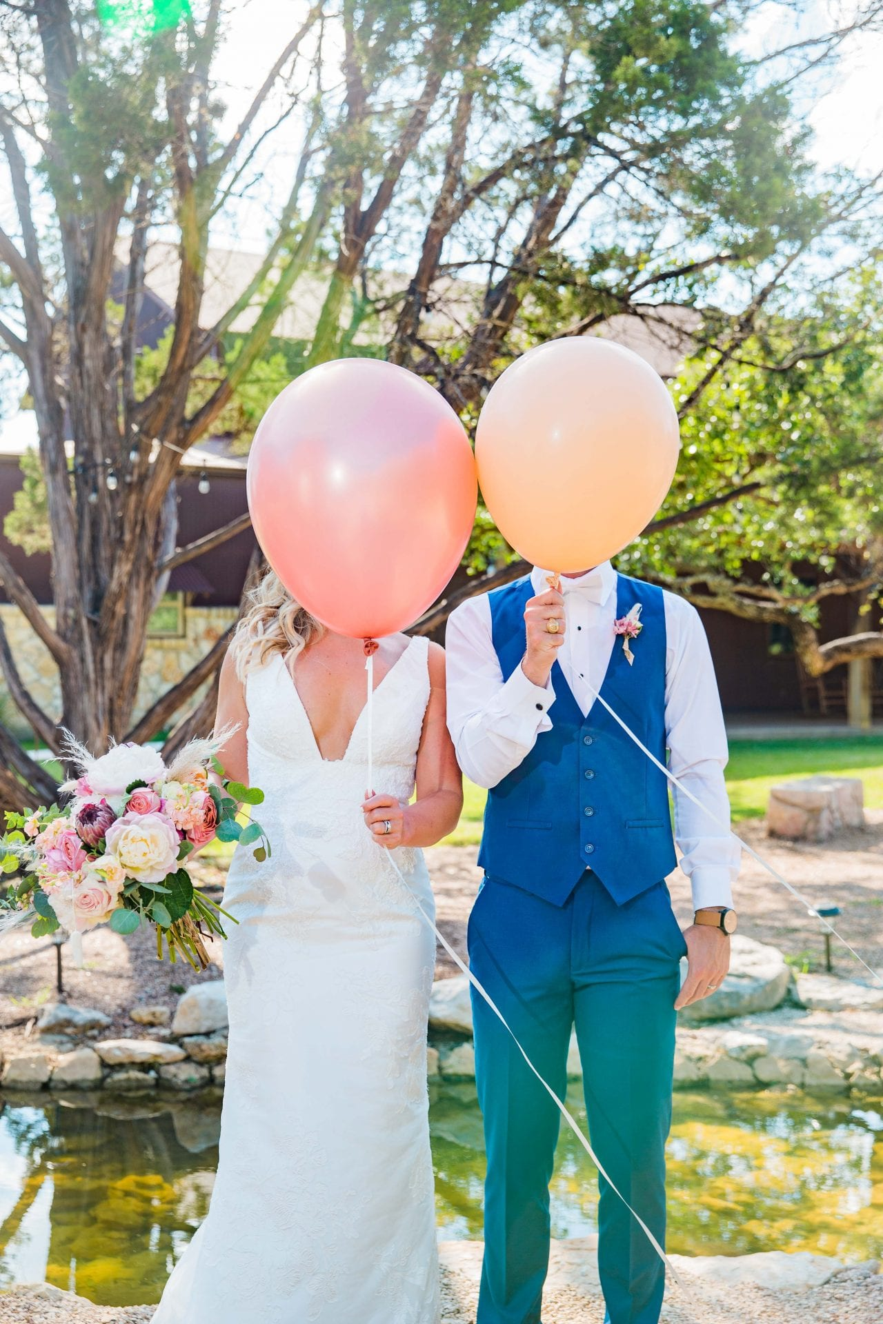 Western Sky Styled shoot balloon heads
