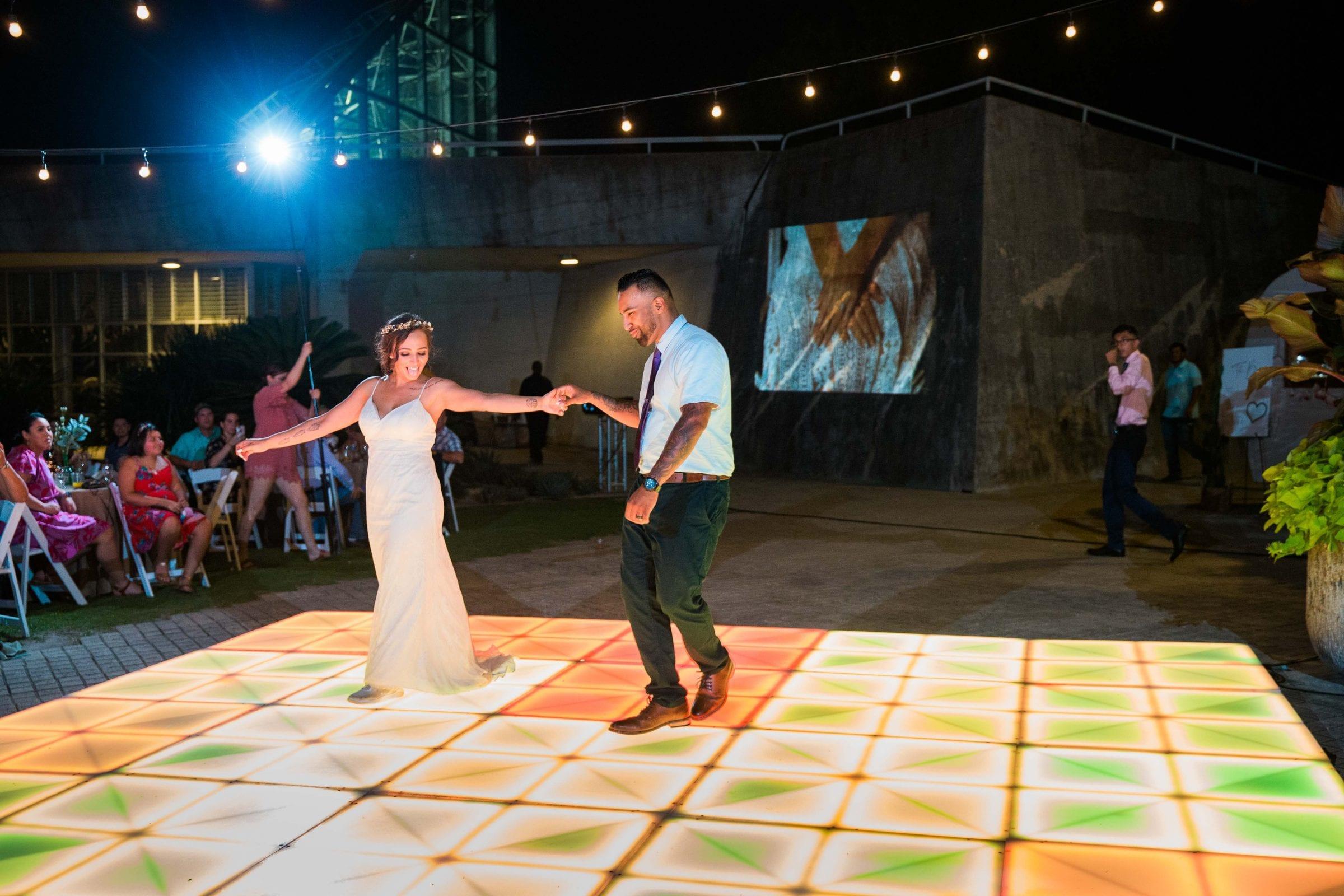 Courtney Amaya wedding San Antonio Botanical Garden first dance