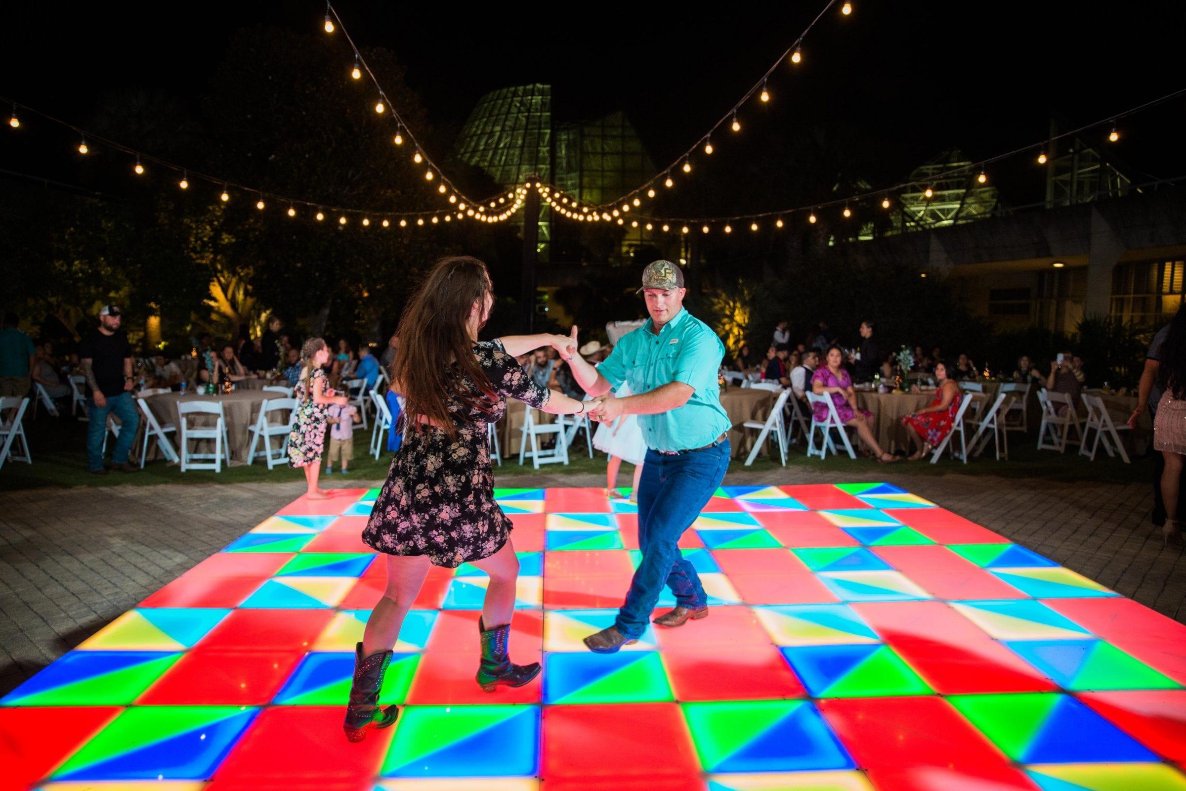 Courtney Amaya wedding San Antonio Botanical Garden dancing