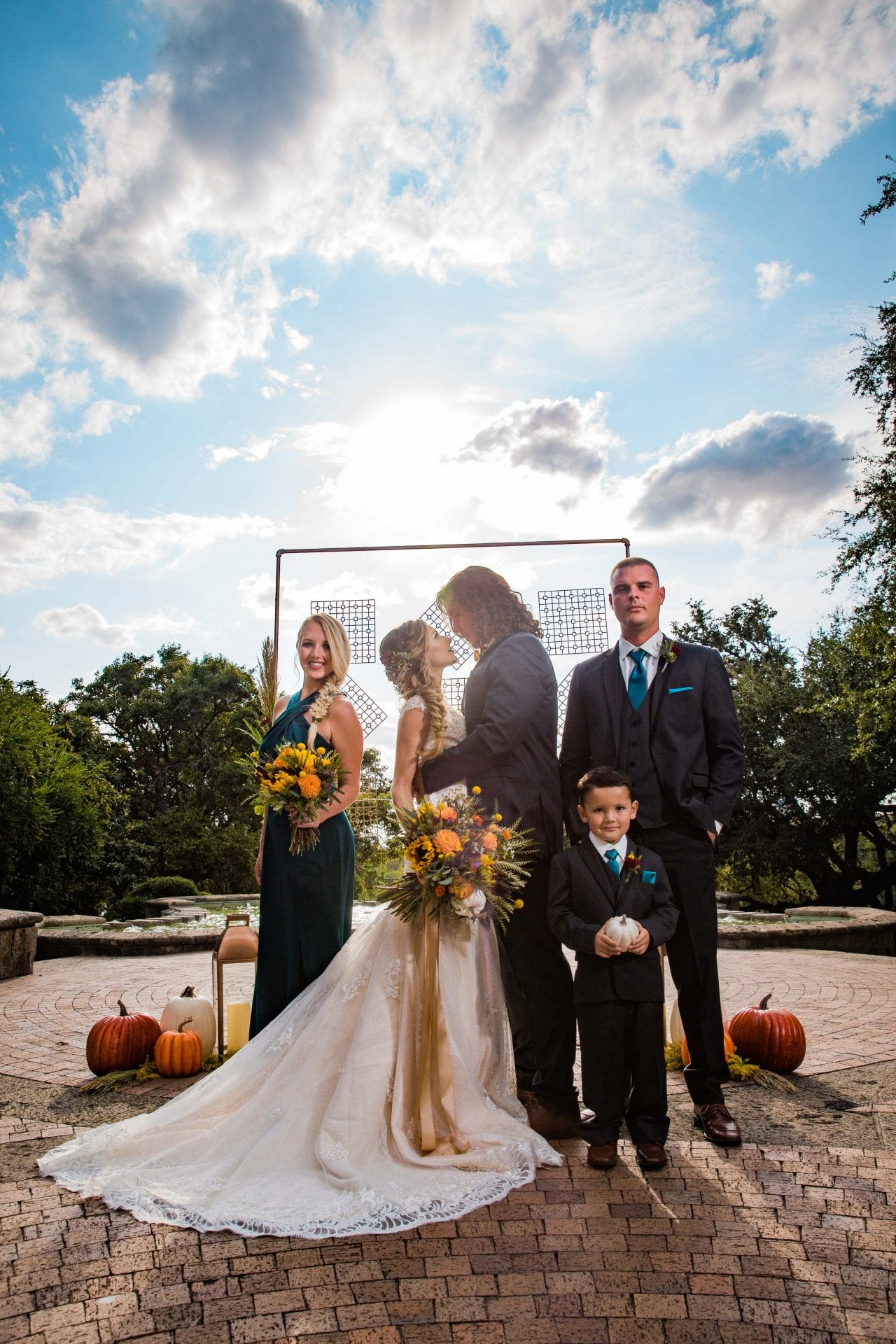 Fall styled shoot at the McNay art museum ceremony site