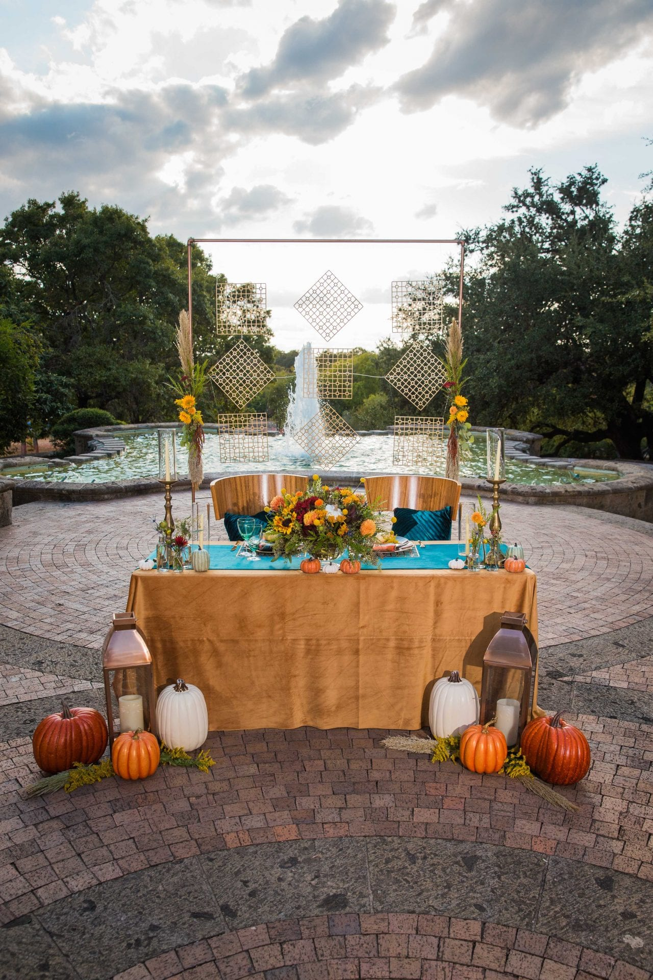 Fall styled shoot at the McNay art museum head table