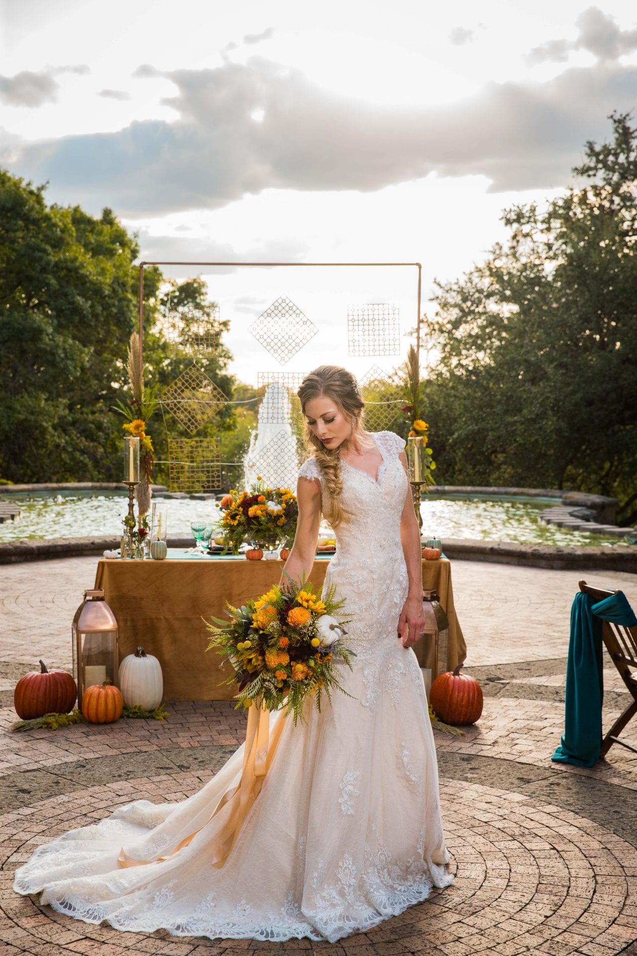 Fall styled shoot at the McNay art museum bride at head table