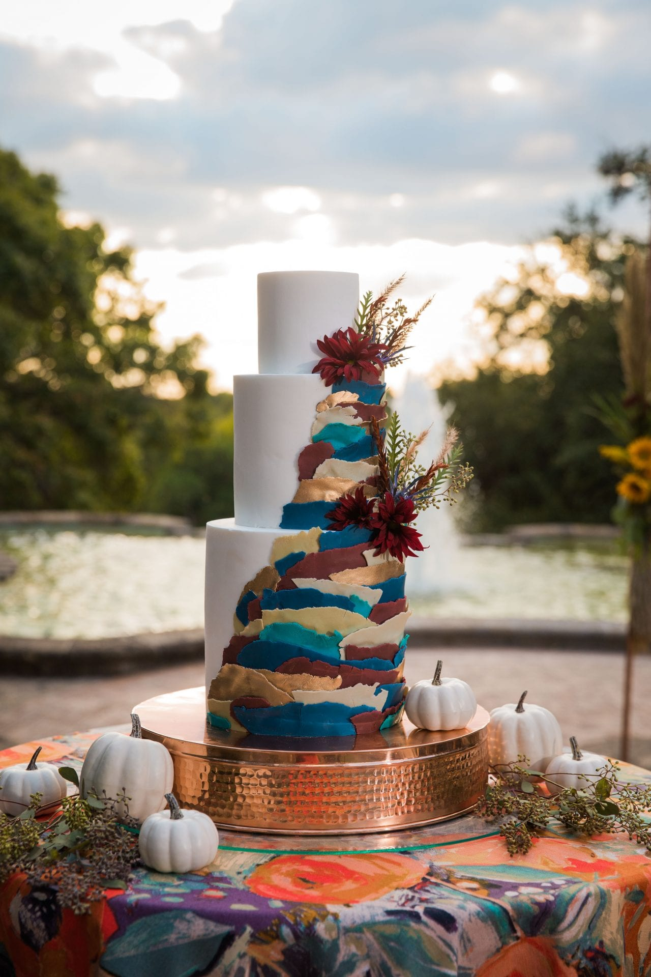 Fall styled shoot at the McNay art museum cake