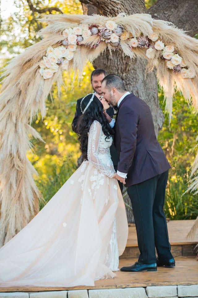 Erica and Mark's wedding at Park 31 wedding kiss